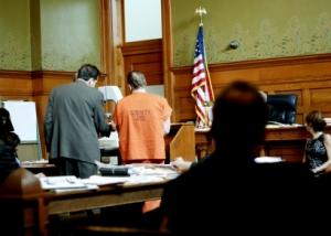 courtroom-with-prisoner